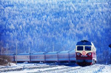 《中国国家地理》90后摄影师邀你一路走一路拍火车