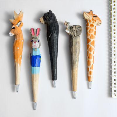动物大世界 中国儿童报(1年共12期)+送可爱卡通动物手工雕刻笔