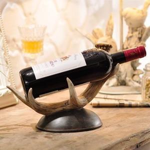 现代简约个性仿实木红酒架摆件
