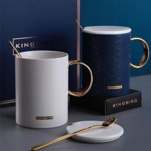 KB带盖勺送礼陶瓷杯(礼盒装)
